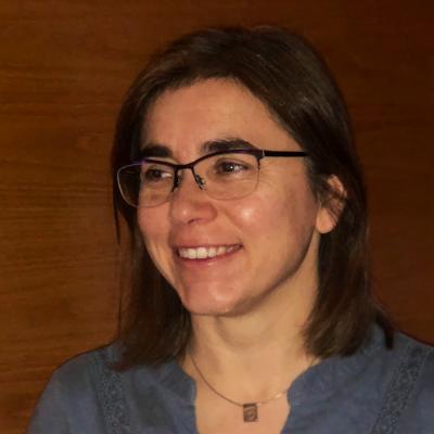Dr Nicki Barker